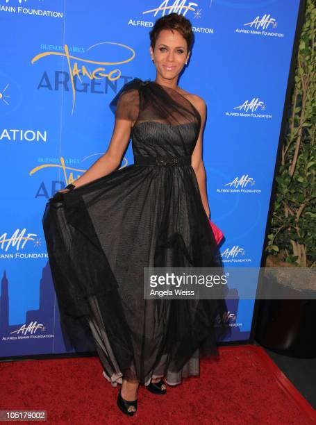 Actress Nicole Ari Parker arrives at the Alfred E Mann Foundation Black Tie Gala Fundraiser at Hangar 8 Santa Monica Airport on October 10 2010 in...