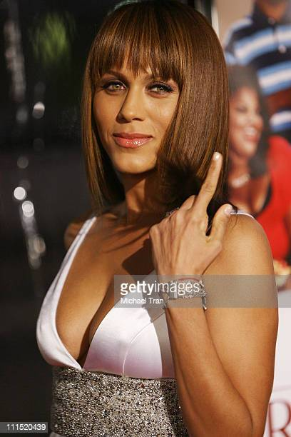 Actress Nicole Ari Parker arrives at the Los Angeles premiere of Welcome Home Roscoe Jenkins held at the Grauman's Chinese on January 28 2008 in...