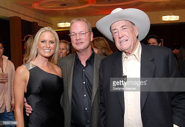Actress Nicole Dahm Bobby Baldwin and Doyle Brunson attends The Ivy Hotel Premiere on August 24 2007 in San Diego