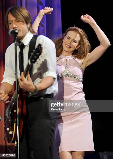 Actress Nicole Kidman and musician Keith Urban perform at the G'Day USA 2010 Black Tie gala at the Hollywood Highland Center on January 16 2010 in...