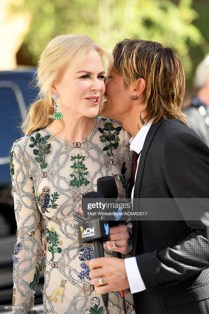 Actress Nicole Kidman (L) and singer Keith Urban attend the 52nd Academy Of Country Music Awards at T-Mobile Arena on April 2, 2017 in Las Vegas, Nevada.