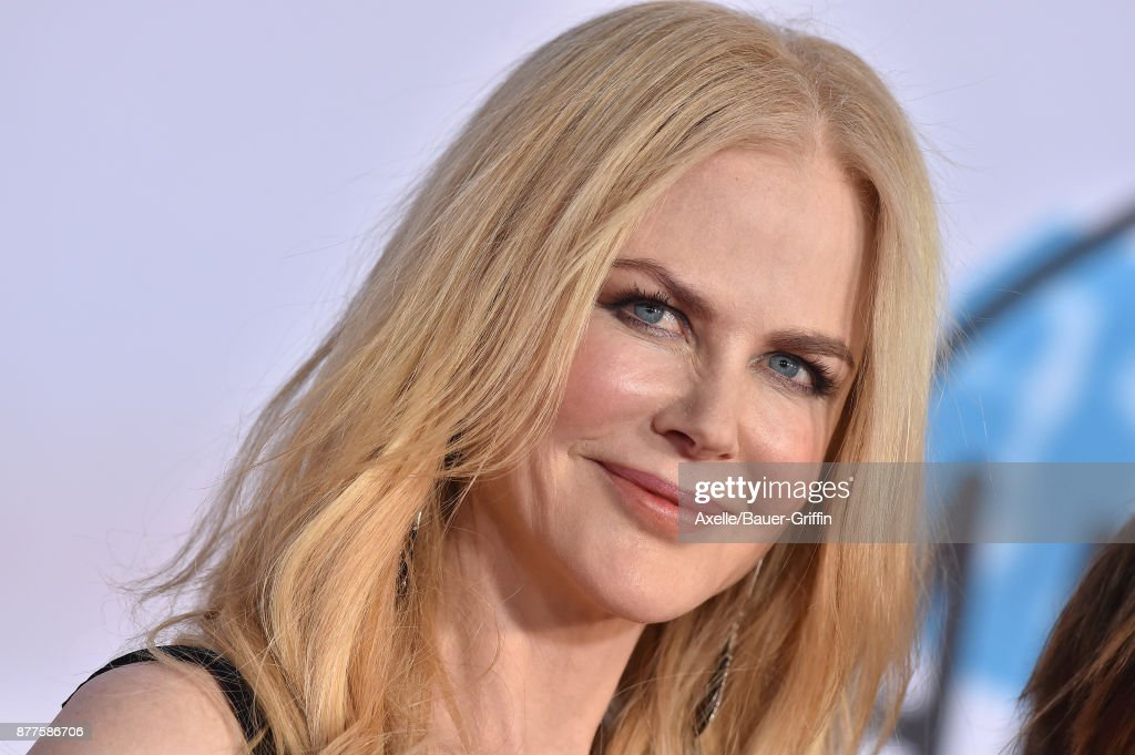 Actress Nicole Kidman arrives at the 2017 American Music Awards at Microsoft Theater on November 19, 2017 in Los Angeles, California.