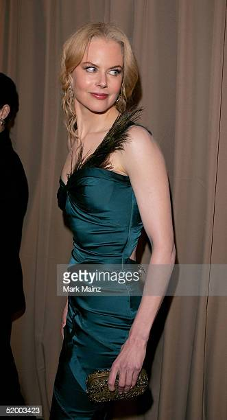 Actress Nicole Kidman arrives at the Miramax 2005 Golden Globes After Party at Trader Vics on January 16 2005 in Beverly Hills California