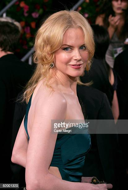 Actress Nicole Kidman arrives to the 62nd Annual Golden Globe Awards at the Beverly Hilton Hotel January 16 2005 in Beverly Hills California