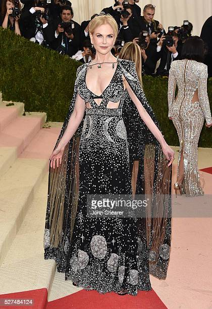 Actress Nicole Kidman attends the 'Manus x Machina Fashion In An Age Of Technology' Costume Institute Gala at Metropolitan Museum of Art on May 2...
