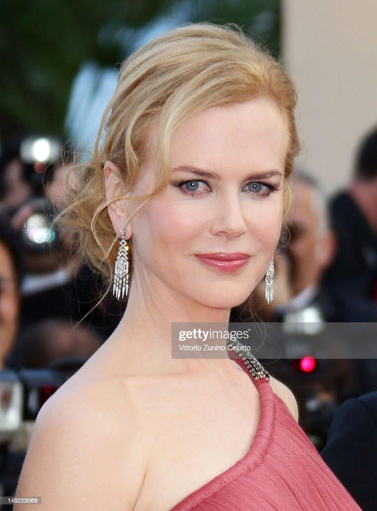 Nicole Kidman Photos Photos - The Premiere of The