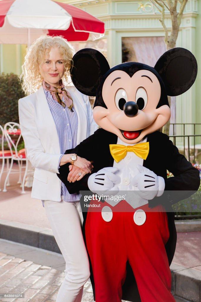 Nicole Kidman Visits Disney World