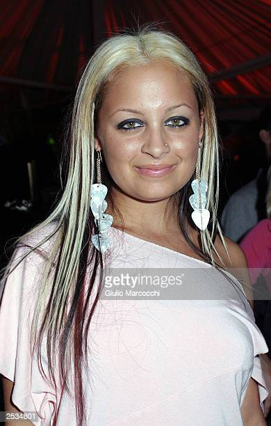Actress Nicole Richie attends the Donald J Pliner LA Flagship Boutique Opening September 24, 2003 in Beverly Hills, California.