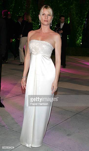 Actress Nicolette Sheridan arrives at the Vanity Fair Oscar Party at Mortons on February 27, 2005 in West Hollywood, California.