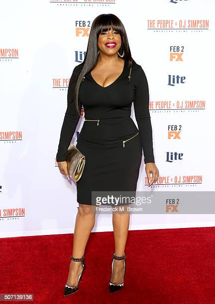 Actress Niecy Nash attends the premiere of FX's American Crime Story The People V OJ Simpson at Westwood Village Theatre on January 27 2016 in...