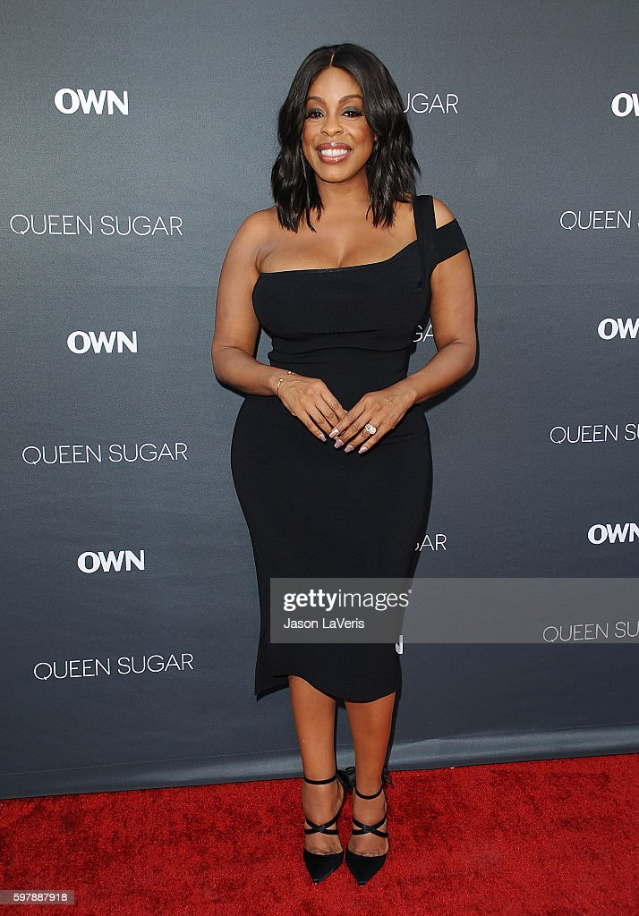 Actress Niecy Nash attends the premiere of 'Queen Sugar' at Warner Bros. Studios on August 29, 2016 in Burbank, California.