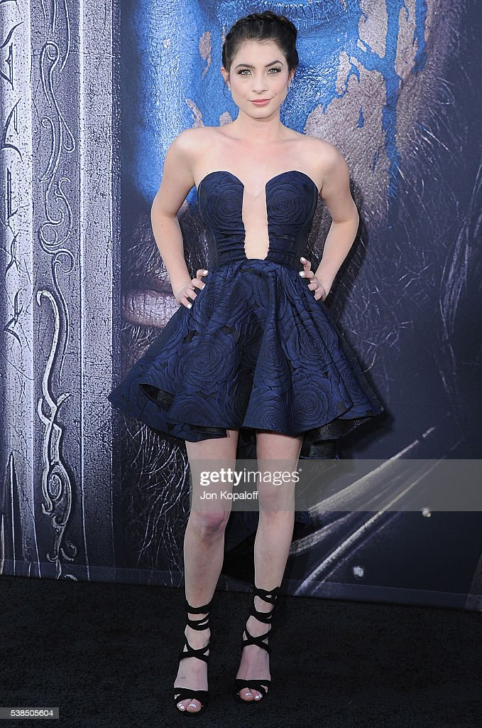 """Premiere Of Universal Pictures' """"Warcraft"""" - Arrivals"""