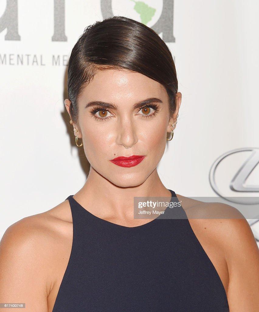 26th Annual EMA Awards - Arrivals : News Photo