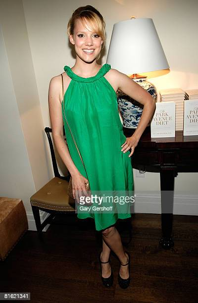 Actress Nina Rausch attends The Park Avenue Diet launch party on June 17, 2008 at a private residence in New York.