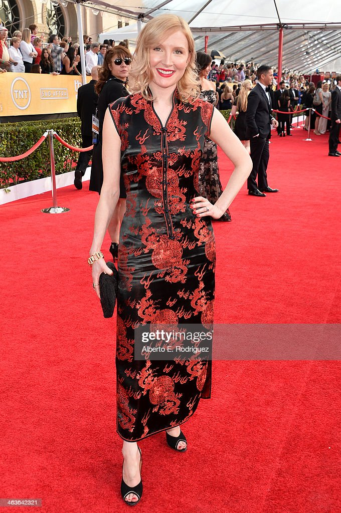 Actress Nisi Sturgis attends the 20th Annual Screen Actors Guild Awards at The Shrine Auditorium on January 18, 2014 in Los Angeles, California.