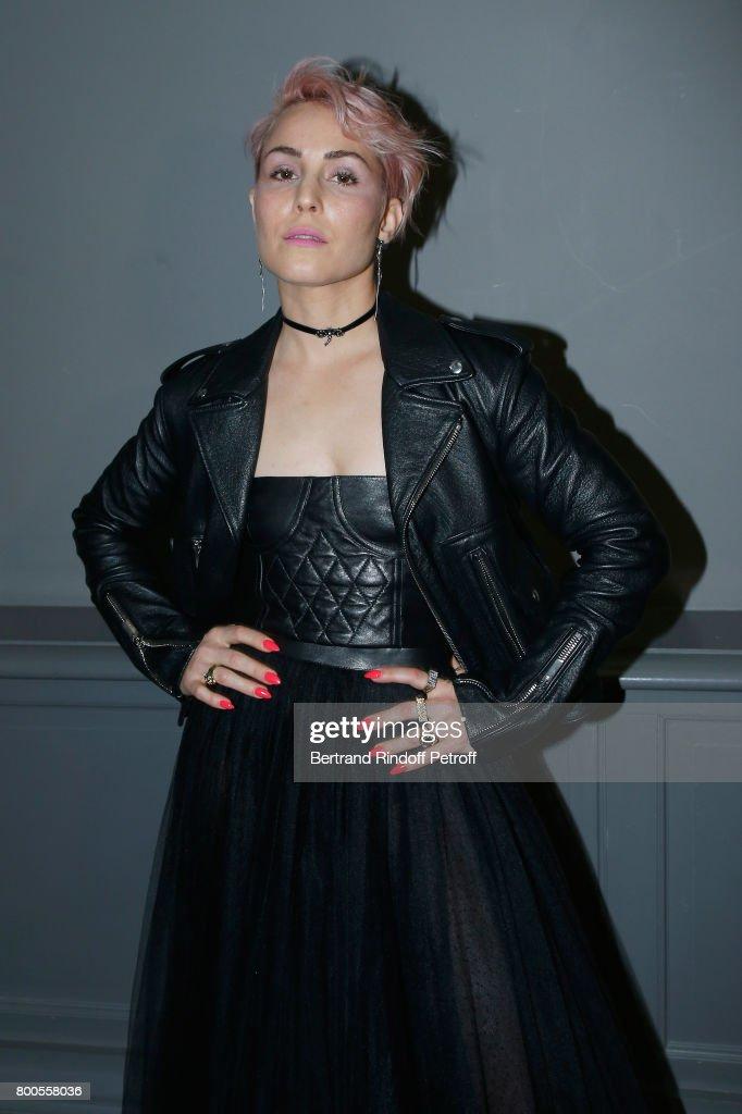 Dior Homme : Front Row  - Paris Fashion Week - Menswear Spring/Summer 2018 : Fotografia de notícias