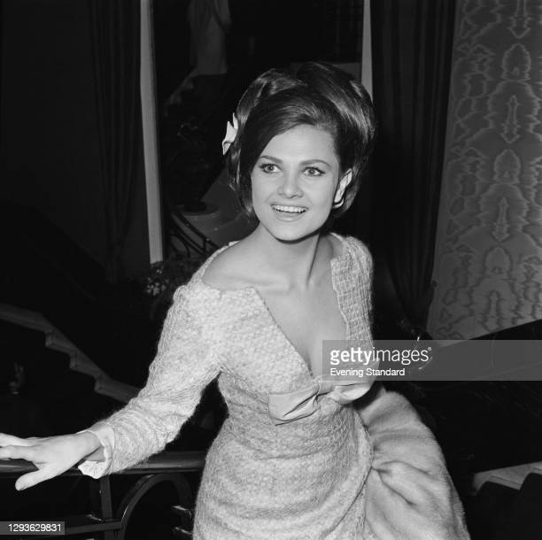 Actress Norma Foster attends the premiere of the film 'Life at the Top' at the Odeon Leicester Square in London, UK, 14th January 1966.