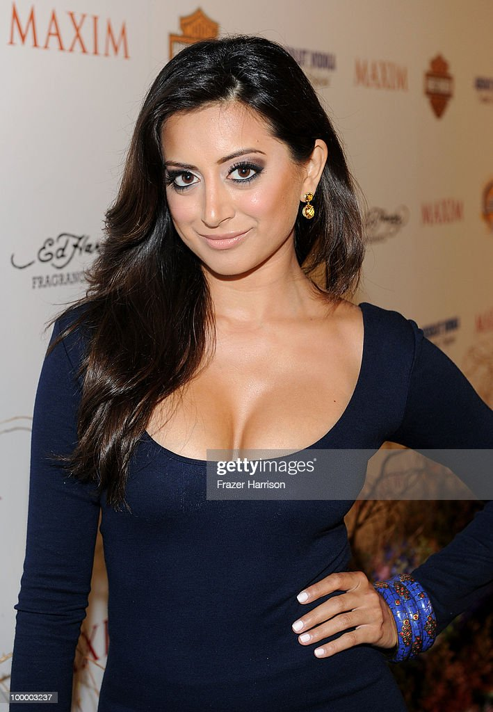 Actress Noureen DeWulf arrives at the 11th annual Maxim Hot 100 Party with Harley-Davidson, ABSOLUT VODKA, Ed Hardy Fragrances, and ROGAINE held at Paramount Studios on May 19, 2010 in Los Angeles, California.