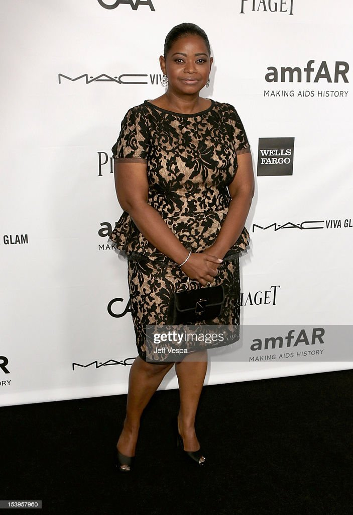 amfAR's Inspiration Gala Los Angeles - Red Carpet : News Photo