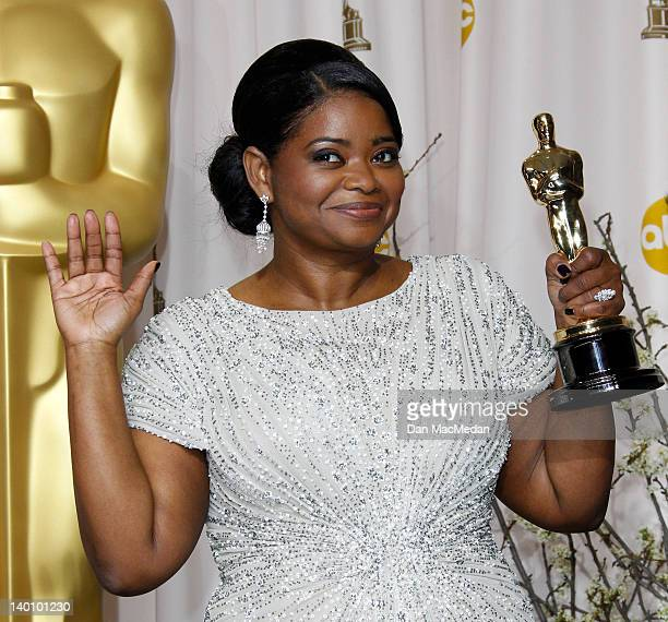 Actress Octavia Spencer poses in the press room at the 84th Annual Academy Awards held at Hollywood & Highland Center on February 26, 2012 in...