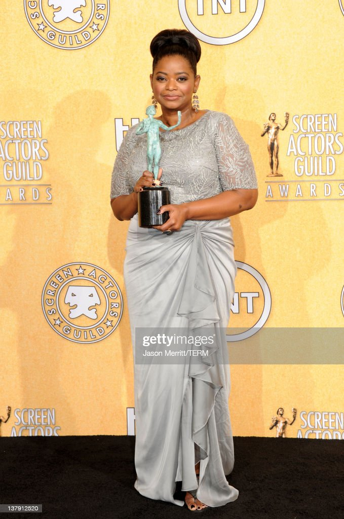 18th Annual Screen Actors Guild Awards - Press Room : News Photo