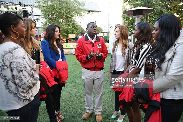 Actress Octavia Spencer singer Angie Miller singer Kree Harrison a City Year Los Angeles AmeriCorps member actress Ahna O'Reilly singer Amber Holcomb...