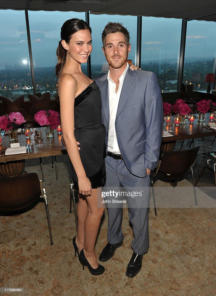 Actress Odette Annable and Actor Dave Annable attend 'InStyle's Dinner With A Designer' for Rachel Zoe at Soho House on June 21, 2011 in West Hollywood, California.