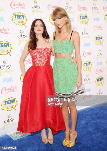 Actress Odeya Rush and recording artist Taylor Swift attend FOX's 2014 Teen Choice Awards at The Shrine Auditorium on August 10 2014 in Los Angeles...