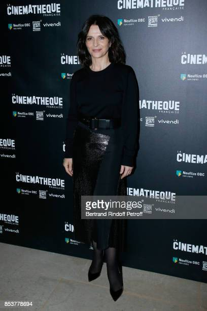 Juliette binoche stock photos and pictures getty images for Interieur paris premiere