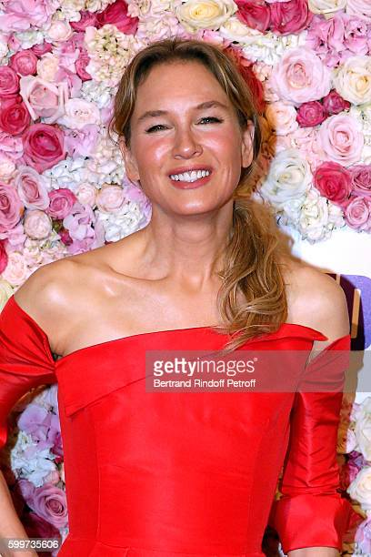 Actress of the movie Renee Zellweger attends the Bridget Jones Baby Paris Premiere Held at Cinema Le Grand Rex on September 6 2016 in Paris France