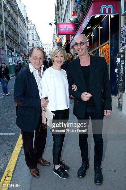 Actress of the Piece Chantal Ladesou standing between her husband Michel Ansault and member of 'Chez Michou' Oscar attend the team of the Piece...