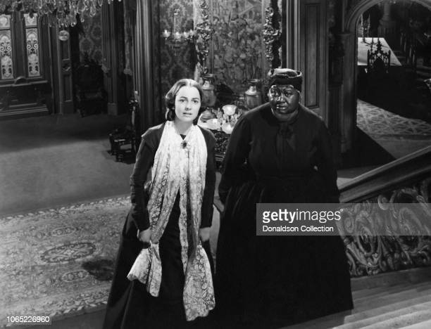 Actress Olivia de Havilland and Hattie McDaniel in a scene from the movie Gone with the Wind