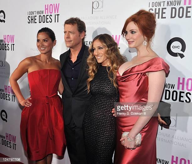 Actress Olivia Munn actor Greg Kinnear actress Sarah Jessica Parker and actress Christina Hendricks attend The Weinstein Company The Cinema Society...