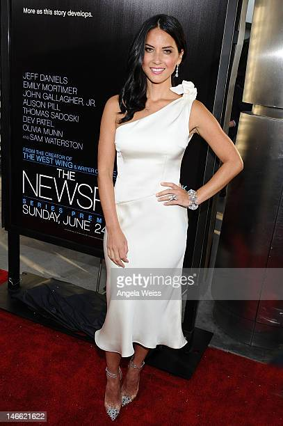 Actress Olivia Munn arrives at HBO's New Series 'Newsroom' Los Angeles Premiere at ArcLight Cinemas Cinerama Dome on June 20 2012 in Hollywood...