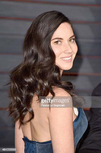Actress Olivia Munn attends the 2015 Vanity Fair Oscar Party hosted by Graydon Carter at Wallis Annenberg Center for the Performing Arts on February...