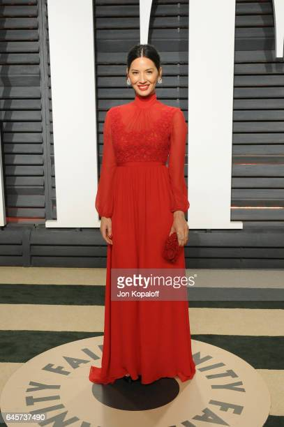 Actress Olivia Munn attends the 2017 Vanity Fair Oscar Party hosted by Graydon Carter at Wallis Annenberg Center for the Performing Arts on February...