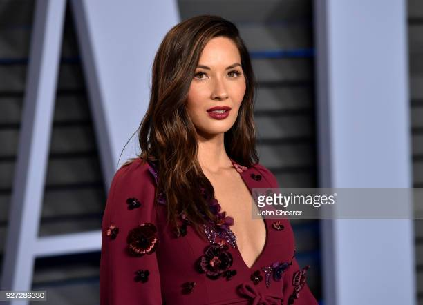 Actress Olivia Munn attends the 2018 Vanity Fair Oscar Party hosted by Radhika Jones at Wallis Annenberg Center for the Performing Arts on March 4...
