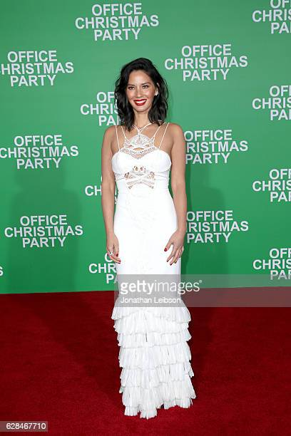 Actress Olivia Munn attends the LA Premiere of Paramount Pictures 'Office Christmas Party' at Regency Village Theatre on December 7 2016 in Westwood...