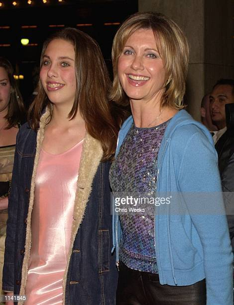 Actress Olivia Newton John and her daughter Chloe arrive at the Los Angeles opening of Mamma Mia February 26 2001 at the Shubert Theatre in Century...