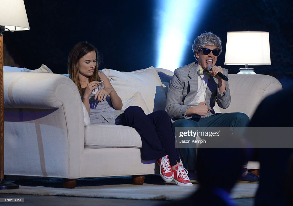 Actress Olivia Wilde (L) and comedian Jorma Taccone perform onstage during Spike TV's Guys Choice 2013 at Sony Pictures Studios on June 8, 2013 in Culver City, California.