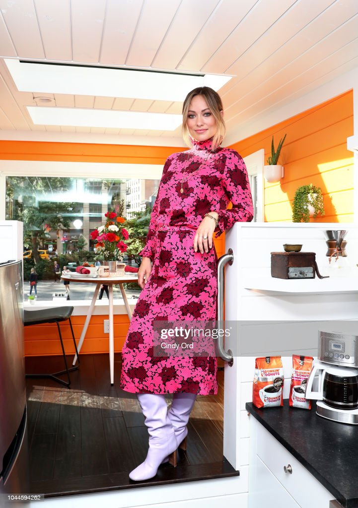 Dunkin' Donuts Coffee At Home Opens The First-Ever Tiny Home Run On Coffee With Olivia Wilde In NYC : Nachrichtenfoto
