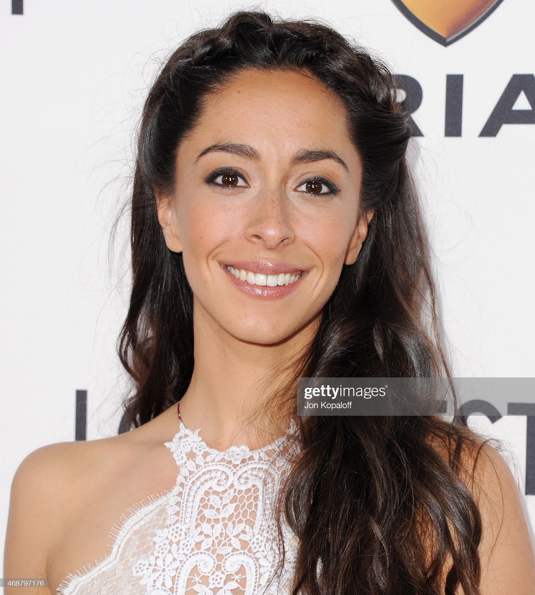 Top 80 Famosas Foroalturas - Página 2 Actress-oona-chaplin-arrives-at-the-los-angeles-premiere-the-longest-picture-id468797176?s=2048x2048