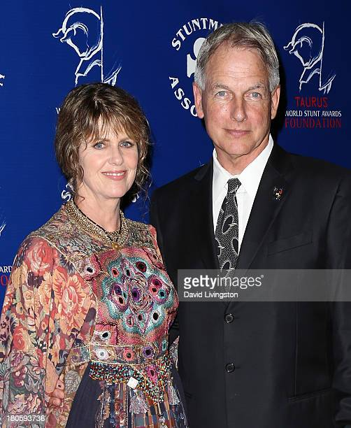 Actress Pam Dawber and husband actor Mark Harmon attend the Stuntmen's Association of Motion Pictures 52nd Annual Awards Dinner to benefit the Taurus...