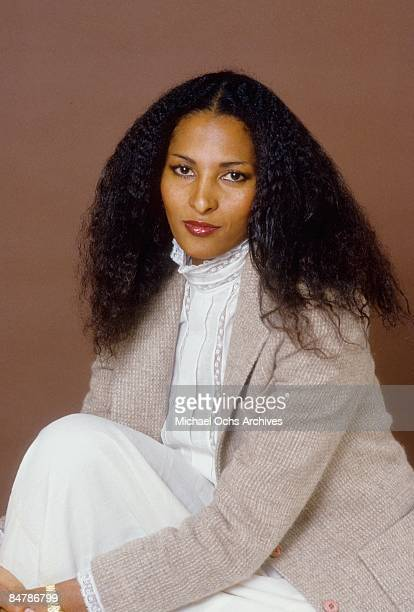 Actress Pam Grier poses for a photo on December 8, 1980 in Los Angeles, California.