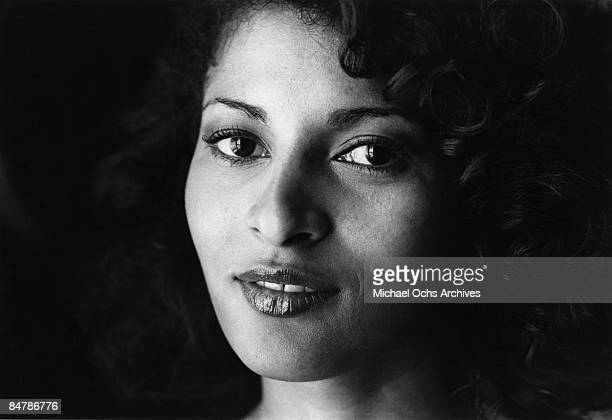 Actress Pam Grier poses for a photo on May 20, 1977 in Los Angeles, California.