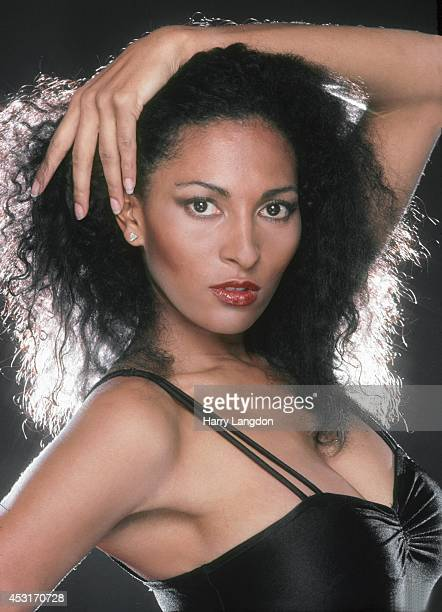 Actress Pam Grier poses for a portrait in 1985 in Los Angeles, California.