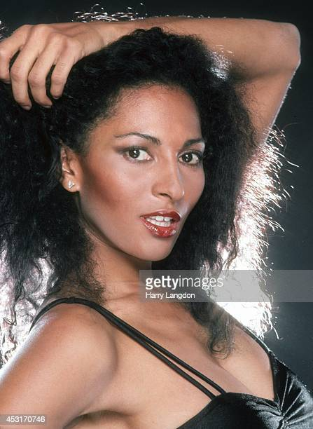 Actress Pam Grier poses for a portrait in 1985 in Los Angeles California