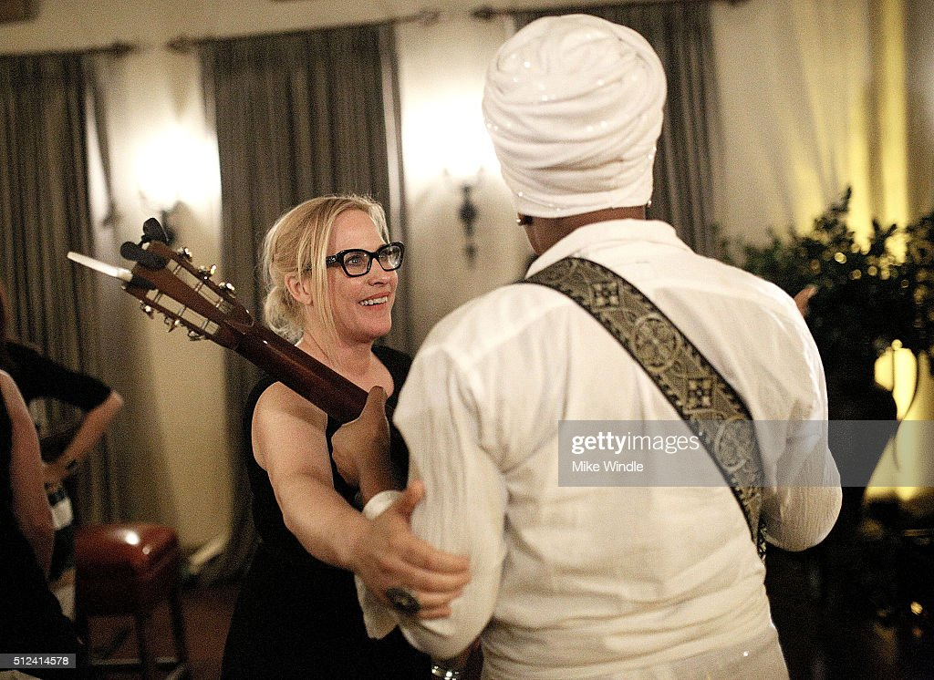 Actress Patricia Arquette (L) and musician India Arie attend The Dinner For Equality co-hosted by Patricia Arquette and Marc Benioff on February 25, 2016 in Beverly Hills, California.