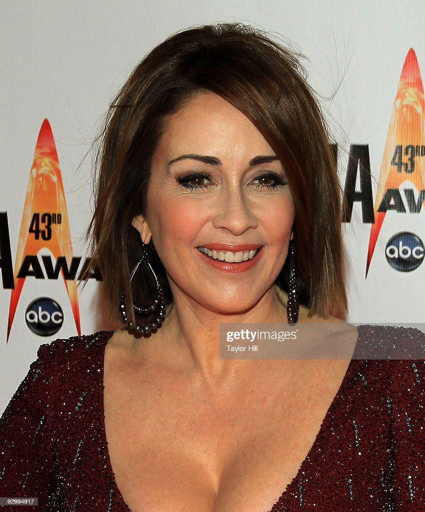 The 43rd Annual CMA Awards - Arrivals : News Photo