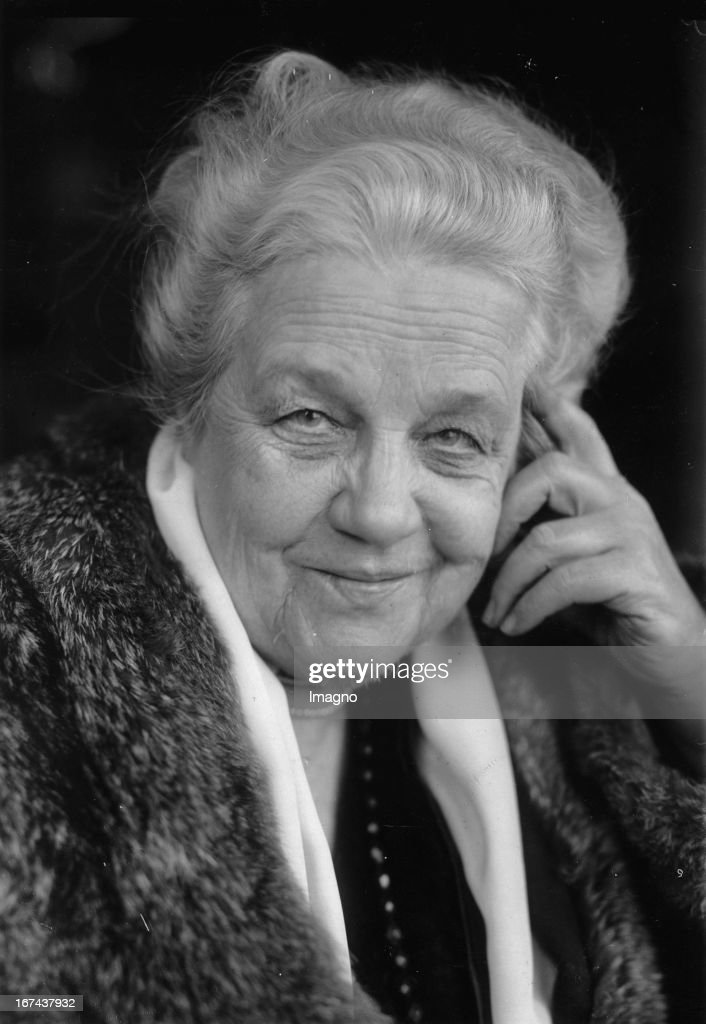 Actress Paula Conrad. Photograph. About 1930. (Photo by Imagno/Getty Images) Portrait Schauspielerin Paula Conrad. Photographie. Um 1930.